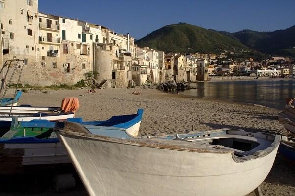 Cefalu ville de Sicile
