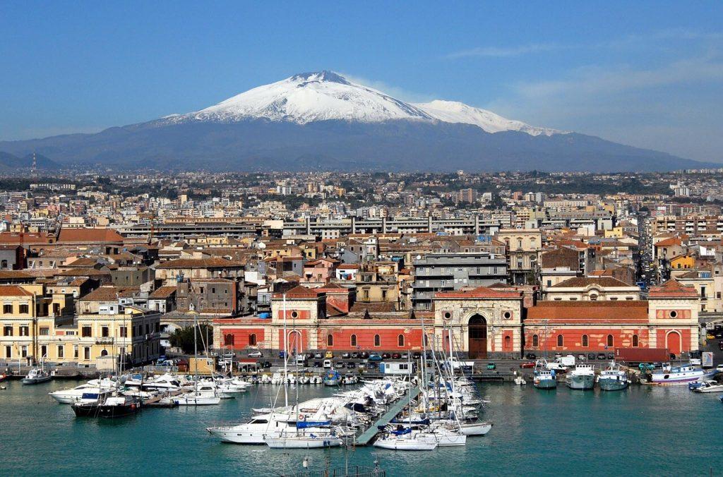 Ville de Catane et Etna